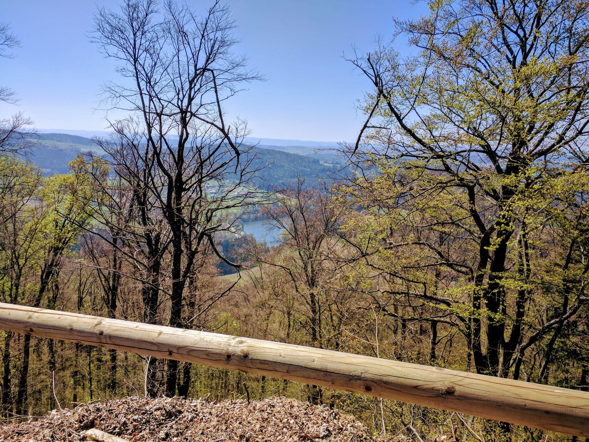 Blick von der Schwarzenburg auf den Eixendorfer See
