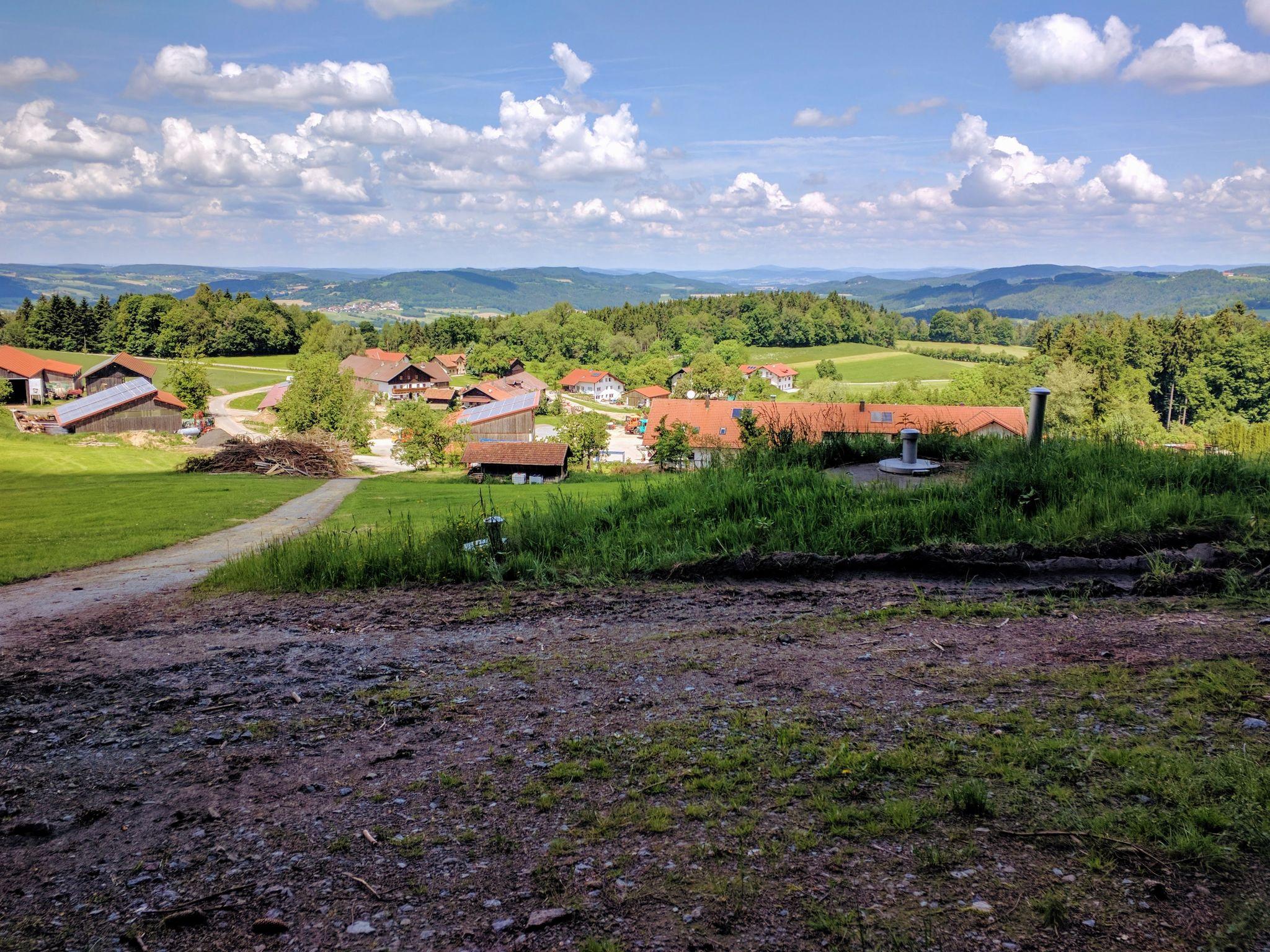 Trans Bayerwald - Kühleite, Blick auf Forsting