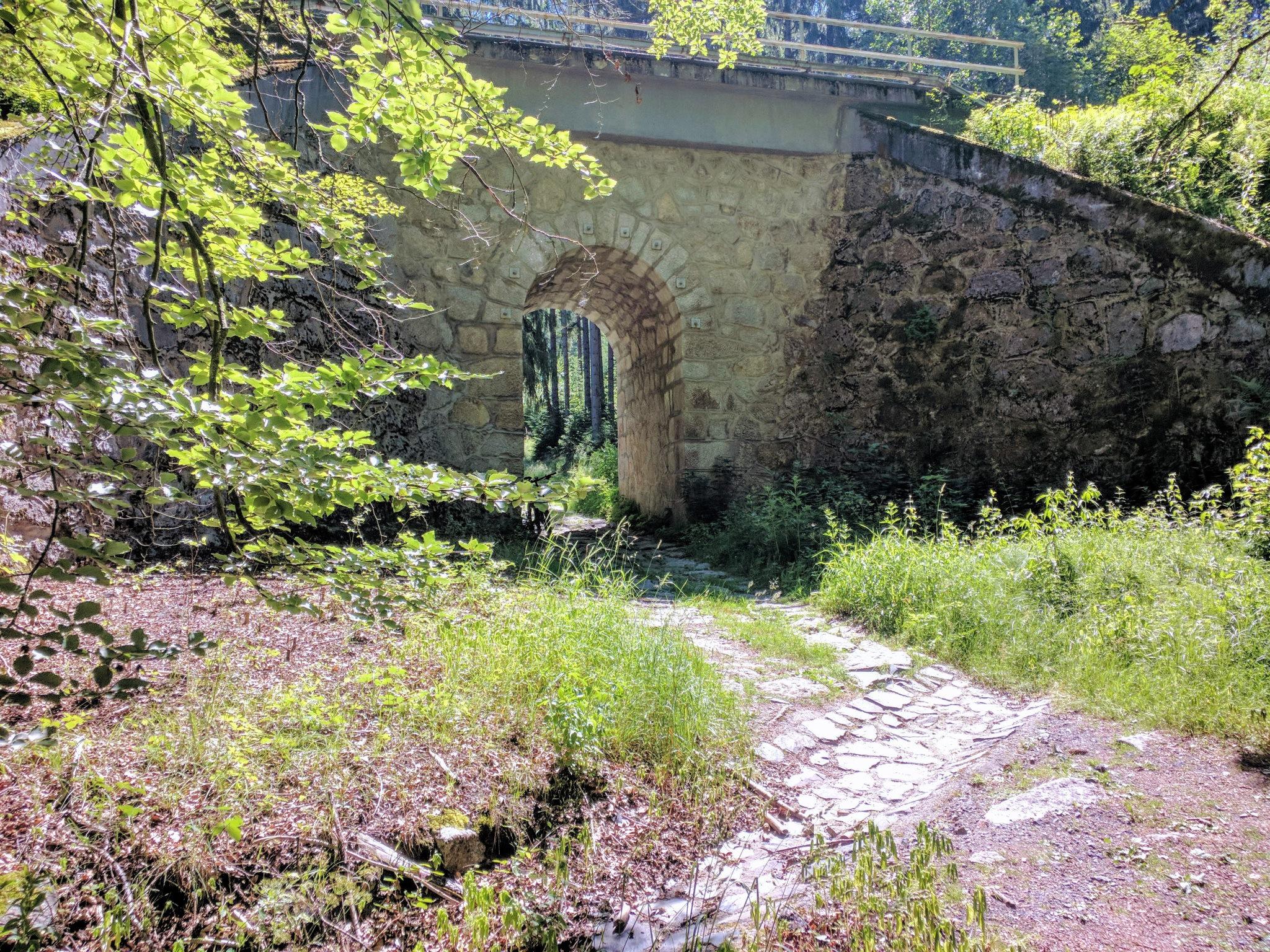 Unterfühung unter der Eisenbahnstrecke Furth im Wald - Domazlice