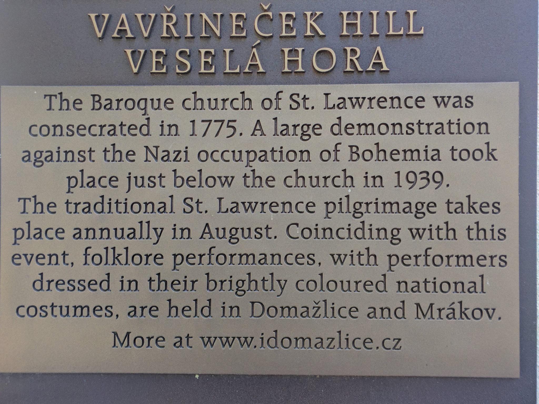Tafel an der St.-Laurentius-Kirche