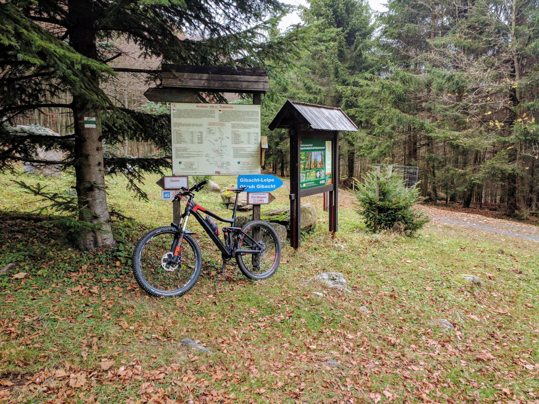 Schild an der Sattelhütte