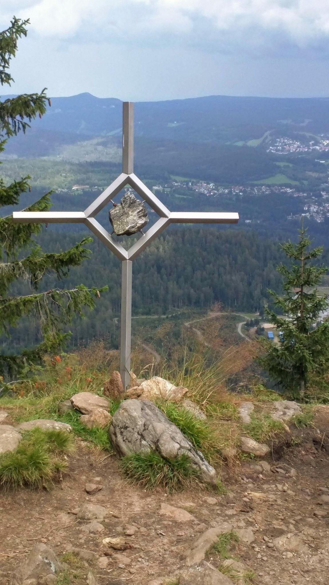 Kreuz auf dem Mittagsplatzl