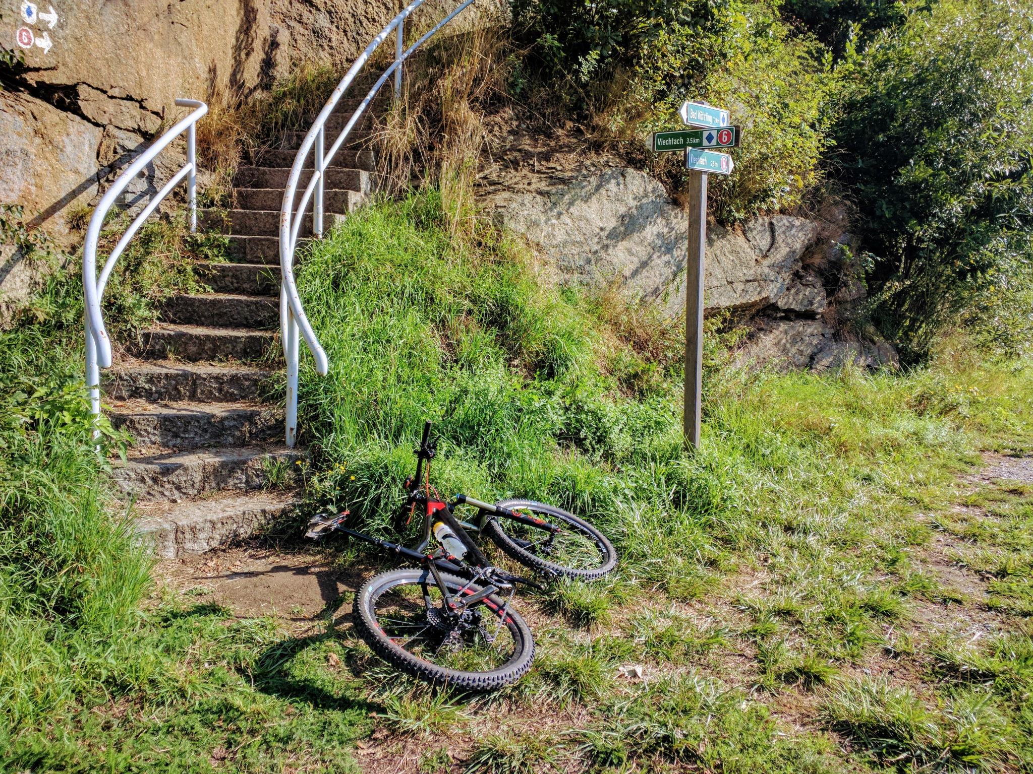 Treppe zum Beginn der 3. Etappe